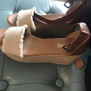 Shoes - Trendy wedge shoes